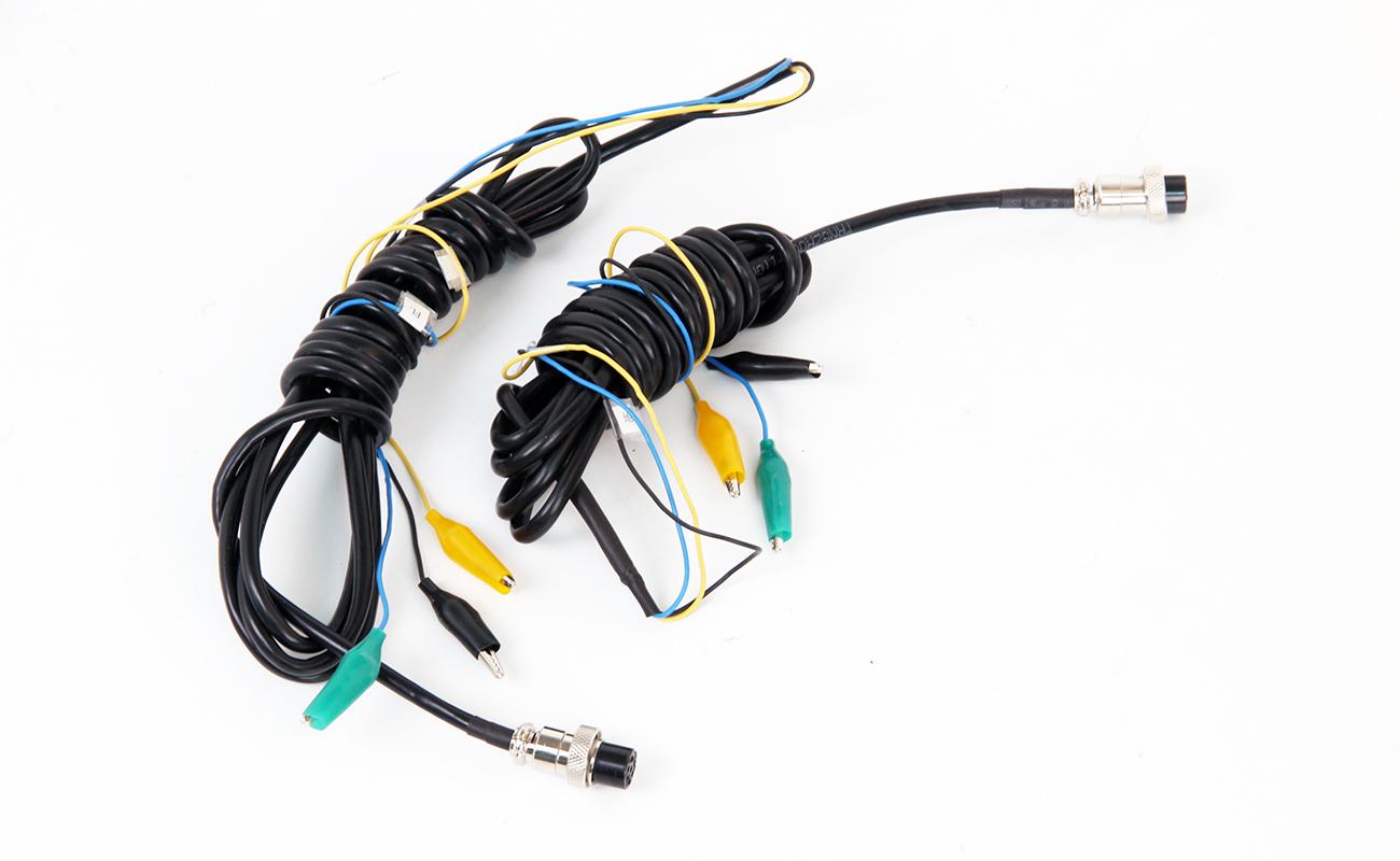 YTC2089手持式sanxiangdian能表现chang校验仪lian接线2