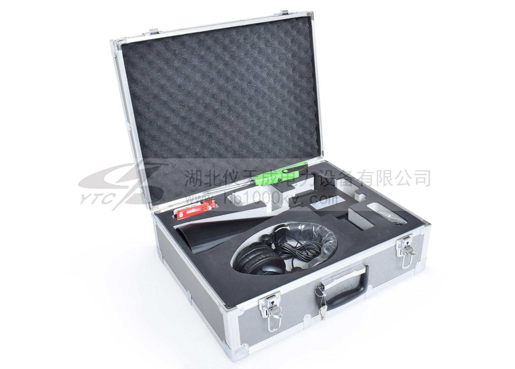 YTC3001B手持式超声波局部放电巡线仪装箱图